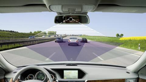 ¿Cuántas asistencias a la conducción tienen los vehículos actuales?