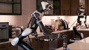 Robot de Toyota tiene capacidad de aprendizaje y destreza humana