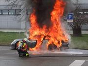 Se prendieron fuego 5 Porsche 911 GT3