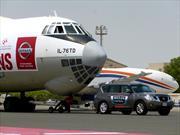 Récord: Un Nissan Patrol arrastra un avión de 170 toneladas