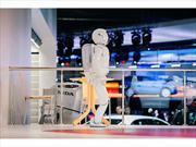 Honda y sus robots acaparan la atención en el Salón de Rusia 2012