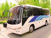 JAC Motors introduce en Chile nueva línea de buses Gold Town