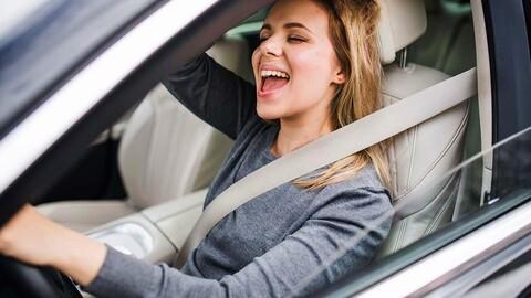 Se viene el modo karaoke en los autos