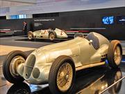 Mercedes-Benz revive las viejas glorias con los legendarios Flechas de Plata