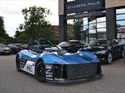 Estudiantes desarrollan el primer auto de carreras de hidrógeno