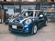 Manejamos el MINI Cooper 2015