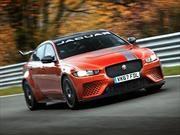 Jaguar XE SV Project 8 es el sedán más veloz en Nürburgring