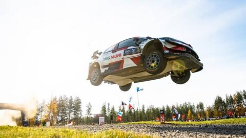 WRC 2021: Toyota lo liquida todo en Finlandia