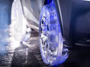 Video: un Lexus con ruedas de hielo