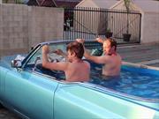 Cadillac DeVille, el jacuzzi más rápido del mundo