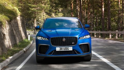 Jaguar F-Pace SVR 2021, el SUV deportivo del felino se actualiza y mejora en todo