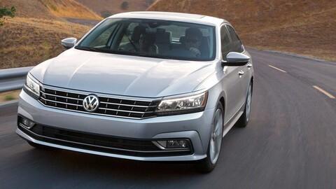 Volkswagen Passat es llamado a revisión en México