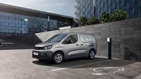 Peugeot e-Partner, una van de trabajo eléctrica que tiene todo para viajar cómodo y seguro