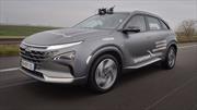 Bertrand Piccard rompe record de distancia recorrida para un auto a hidrógeno en un Hyundai Nexo