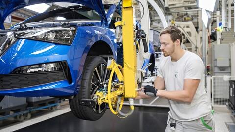 Las ventas en el mercado automotriz caerán a los niveles de 2011