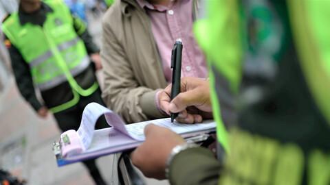 Entra en vigencia ley de amnistía a deudores de multas de tránsito