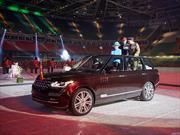 Una Range Rover Hybrid a cielo abierto para la Reina de Inglaterra
