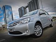 Toyota presentó oficialmente el Etios y lo manejamos