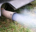 Cuidado: El humo de los autos eleva el colesterol