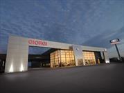 Ford inaugura un nuevo punto de ventas de camiones