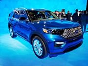 Ford Explorer híbrida ve la luz