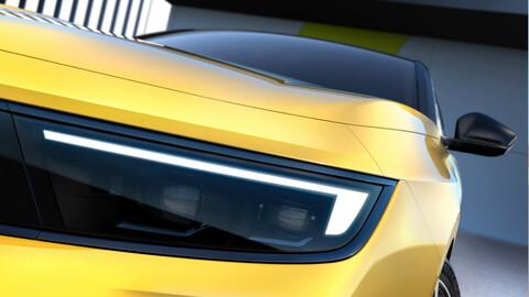 Opel Astra Hatchback 2022, un viejo conocido del segmento deja ver algunos avances