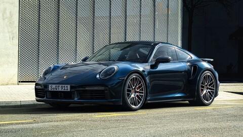 Porsche 911 Turbo 2021 es más poderoso y deportivo que nunca