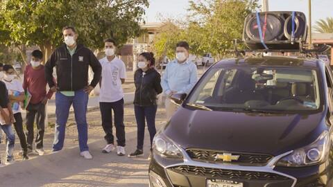 Chevrolet Spark con OnStar 4G LTE ayuda a dar clases a un profesor de secundaria