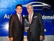 Hyundai Global entrega a Gildemeister el premio Market Share Award 2016
