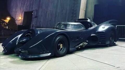 El Batimóvil clásico de los 90 hará una aparición en la película de Flash