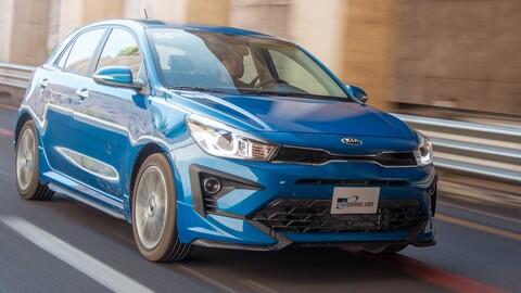 KIA Rio Hatchback 2021 a prueba, apuesta a lo seguro con nueva pantalla, pero mismas entrañas