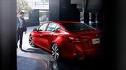 Nissan descubre que los millenials y centennials prefieren los sedanes
