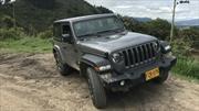 Dodge y Jeep innovan con la interactividad digital en sus vitrinas