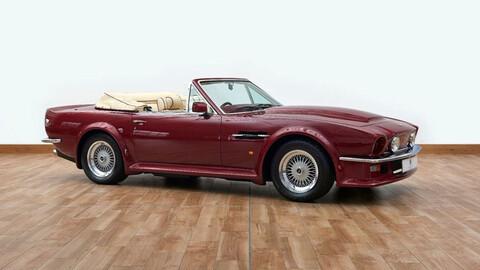 Este clásico Aston Martin V8 Volante perteneciente a David Beckham, está a la venta