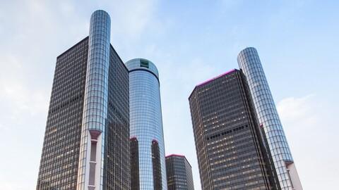¿Cuánto dinero dejó de ganar General Motors en 2020?