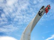 Mazda presentó una espectacular escultura en el Goodwood Festival of Speed 2015