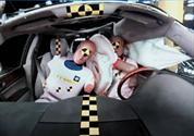 GM desarrolla el primer airbag frontal central