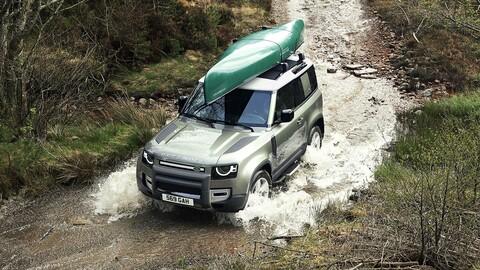 Land Rover completa la gama del Defender en Chile con la llegada del Defender 90
