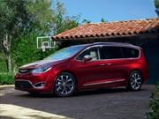 Chrysler Pacifica 2017 debuta