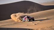 Al-Attiyah le mete presión a Carlos Sainz en el Dakar 2020
