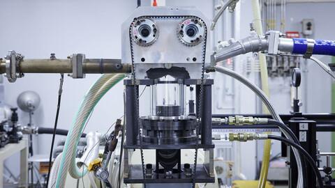 Nissan alcanza el 50% de eficiencia térmica en un motor de combustión de producción