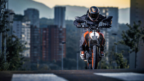 Venta de motos en Chile se dispara en abril