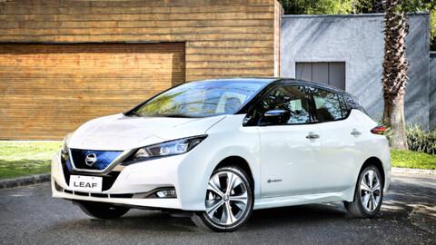 Nissan capacita sobre vehículos eléctricos al Cuerpo de Bomberos en Ecuador