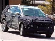 La nueva Chevrolet Tracker se deja ver con camuflaje