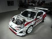 Este Toyota GT86 trae el V6 del Nissan GT-R