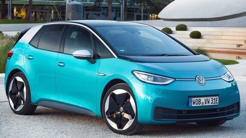 Volkswagen Golf cae 42% en ventas, opacado por el eléctrico Volkswagen ID.3