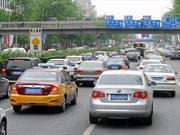 Ofrecen grandes descuentos para los autos en China debido a la caída en ventas