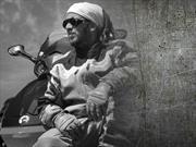 Colombiano viaja por el mundo en una BRP Spyder