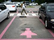 Crean lugares de estacionamiento sólo para mujeres en China