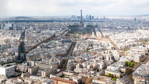 París limitará el paso de automóviles en el centro de la ciudad